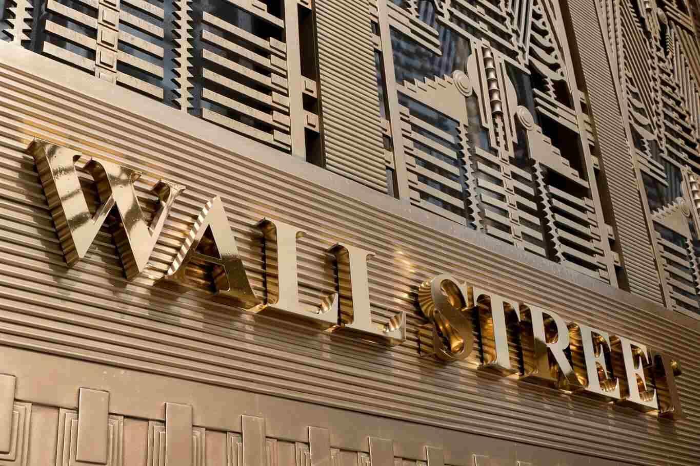 Photo of Wall Street Giants To Postpone Crypto Plans