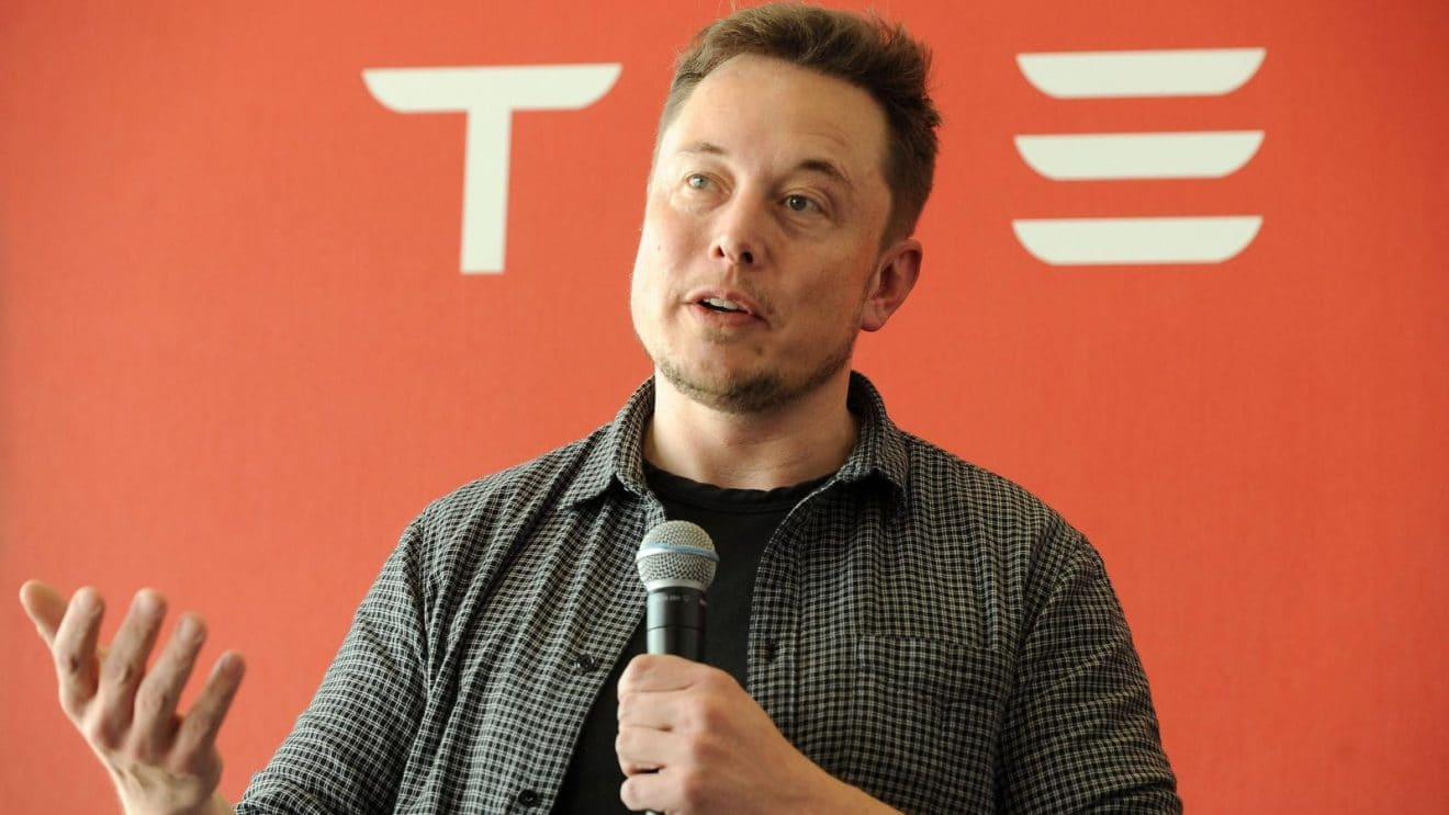 Photo of Tesla CEO Elon Musk is Once Again Pushing the Limits and Conjuring Its Staff