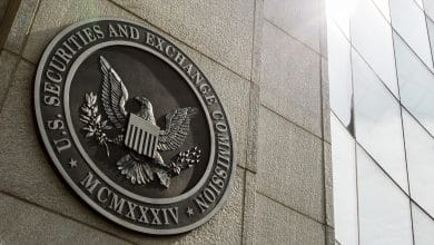 Photo of Top SEC Executive Who Hunted Crypto Companies And ICOs Resigns, To Leave In August