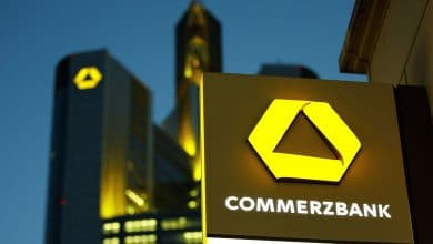 Photo of Commerzbank Decides to Lift Loan Provisions due to 'worsening' Economic Conditions